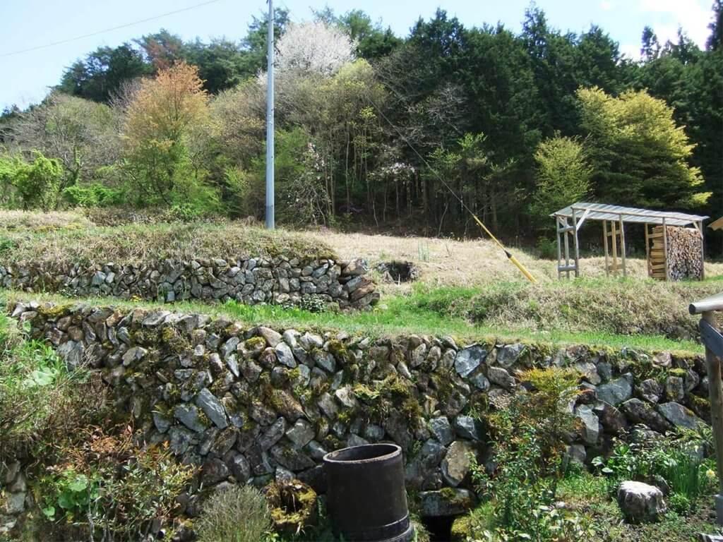 我が家の古い石垣