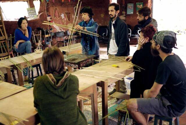 竹細工のワークショップの様子その1